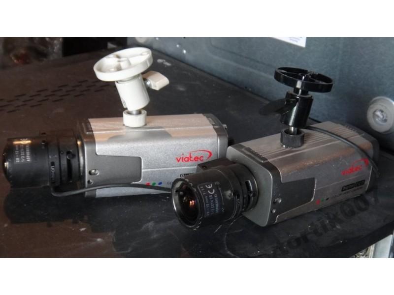 Цветная видеокамера VС-420 с ZOOM маленький штатив