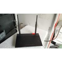 Роутер ASUS RT-N12 с антеннами